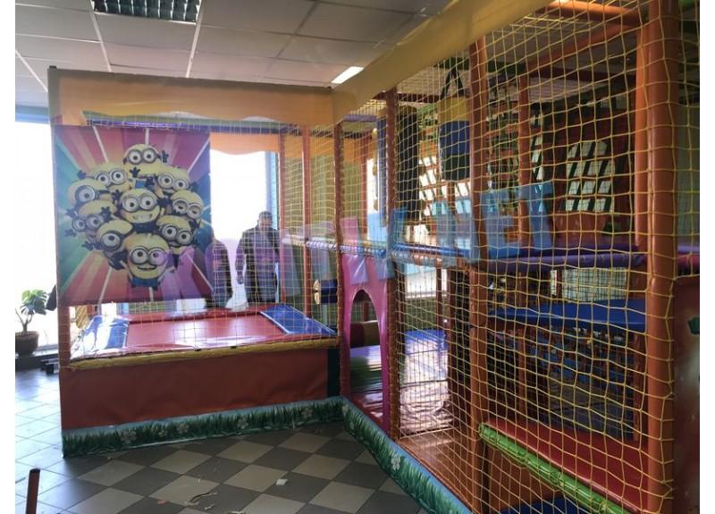 Игровая комната 5x3x3 с батутом